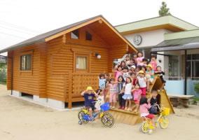 福岡県京都郡 やまびこ保育園図書室(丸ログ)